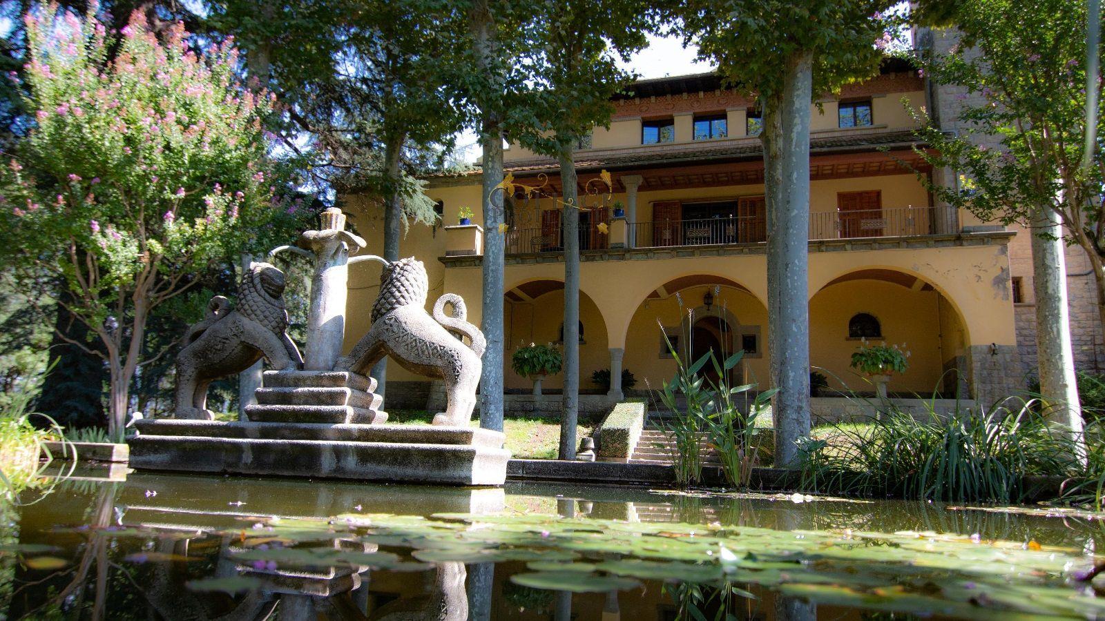 1504: Casas de lujo in Torello