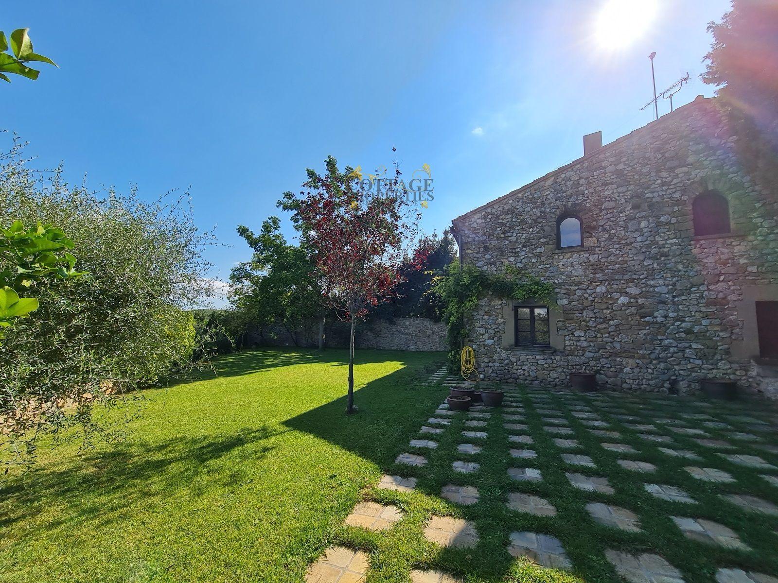 1513: Villa in Vilopriu