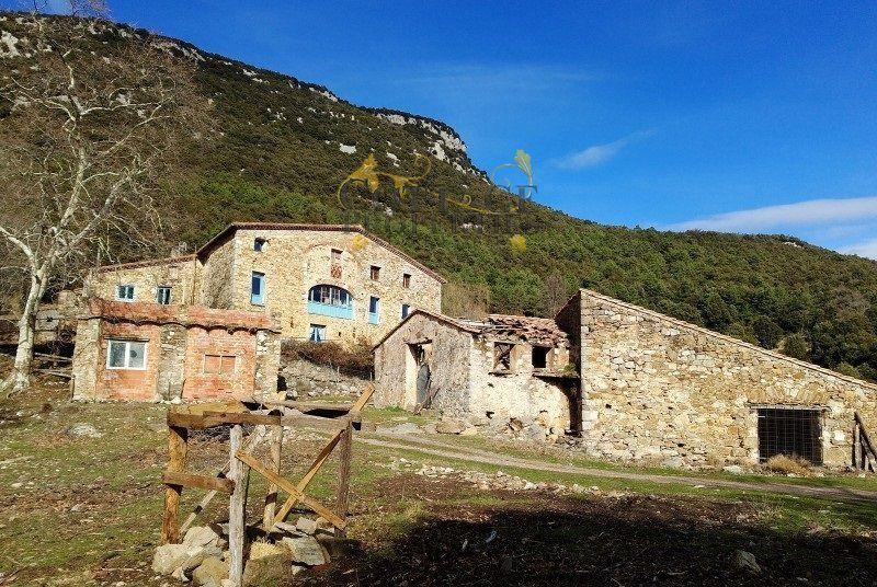 Ref:1527 Villa For Sale in Albanya