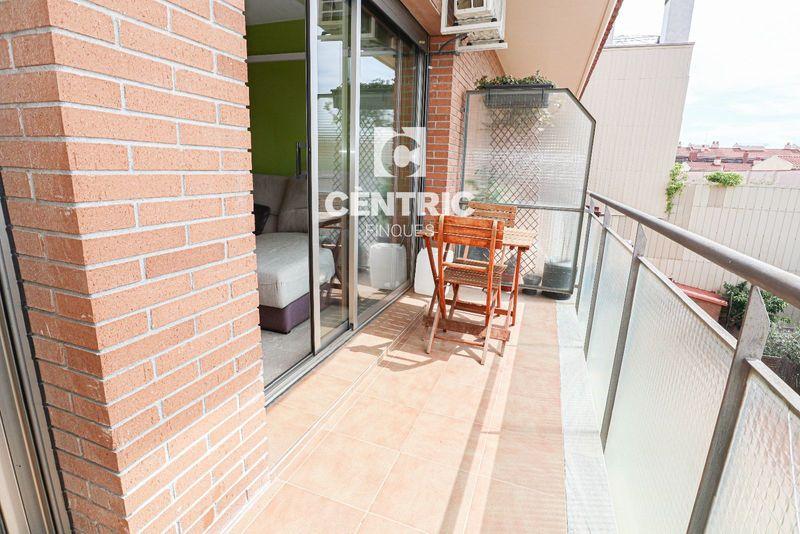 Duplex en lloguer  a Terrassa, Barcelona . Ref: 1538. Centric Finques
