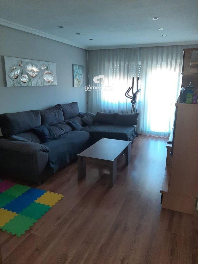 Piso en venta  en Cuenca . Ref: 2341. Gomez Utiel Servicios Inmobiliatios Cuenca