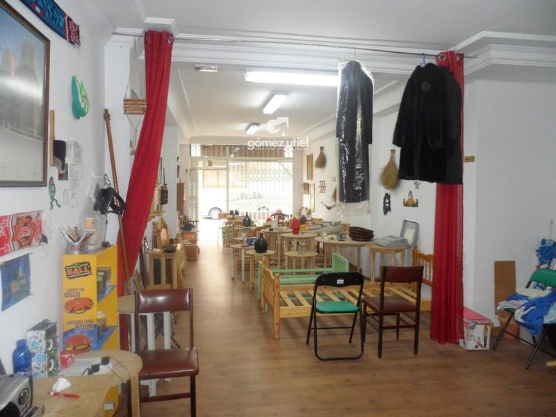 Local Comercial en alquiler  en Cuenca . Ref: 2347. Gomez Utiel Servicios Inmobiliatios Cuenca