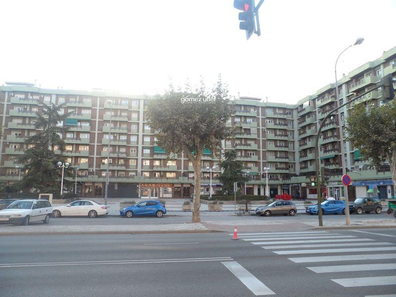 Local Comercial en alquiler  en Cuenca . Ref: 2459. Gomez Utiel Servicios Inmobiliatios Cuenca