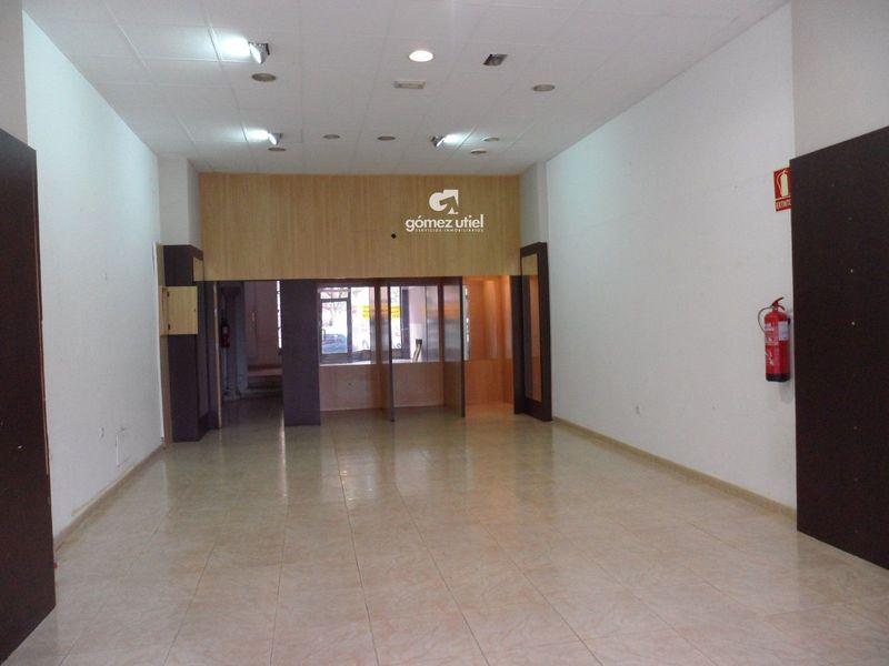 Local Comercial en alquiler  en Cuenca . Ref: 2480. Gomez Utiel Servicios Inmobiliatios Cuenca