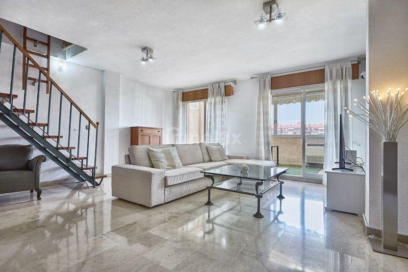 Duplex en Venta en Calle Ceuta