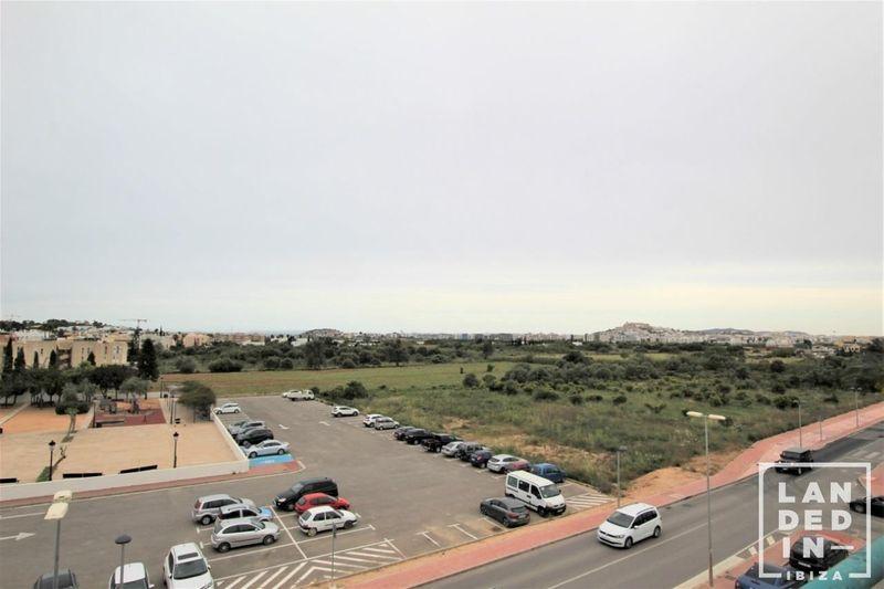 Dúplex en venta  en Santa Eularia des Riu, Baleares . Ref: 1131. LANDED IN IBIZA REAL ESTATE