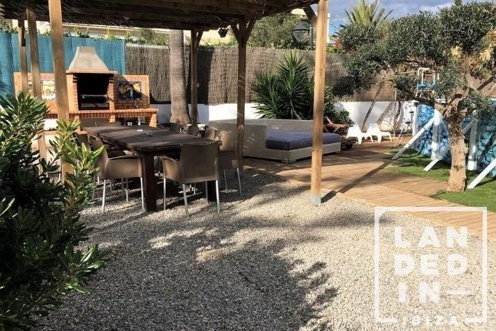 Casa en venta  en Ibiza, Baleares . Ref: 1433. LANDED IN IBIZA REAL ESTATE