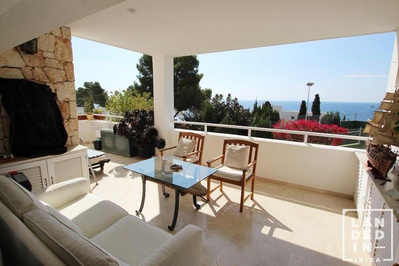 Piso en venta y alquiler  en Santa Eularia des Riu, Baleares . Ref: 1456. LANDED IN IBIZA REAL ESTATE