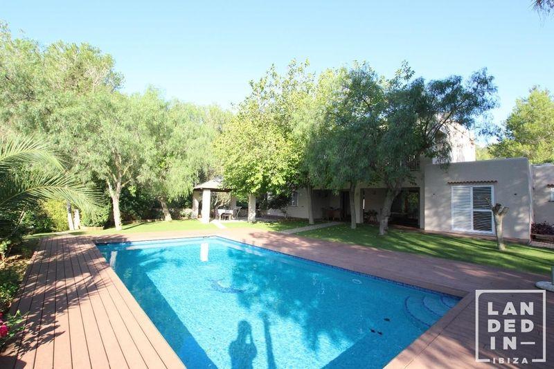 Casa en venta  en Sant Josep de Sa Talaia, Baleares . Ref: 1547. Landed in Ibiza