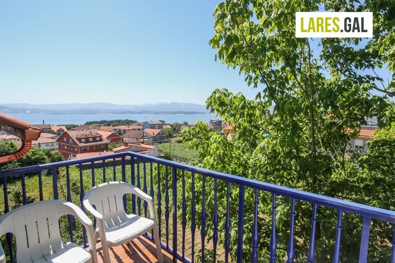 House for sale  in Cangas Do Morrazo, Pontevedra . Ref: 1035. Lares Inmobiliaria