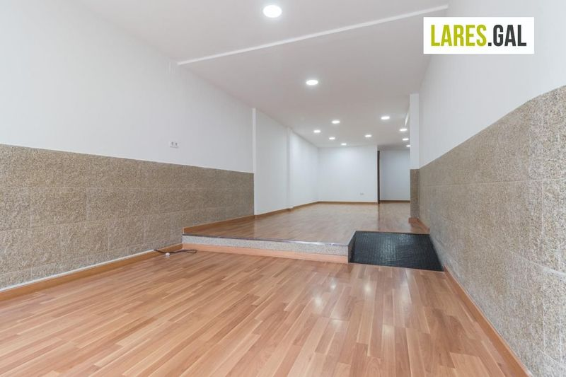 Comercial Premise for rent  in Cangas Do Morrazo, Pontevedra . Ref: 1683. Lares Inmobiliaria