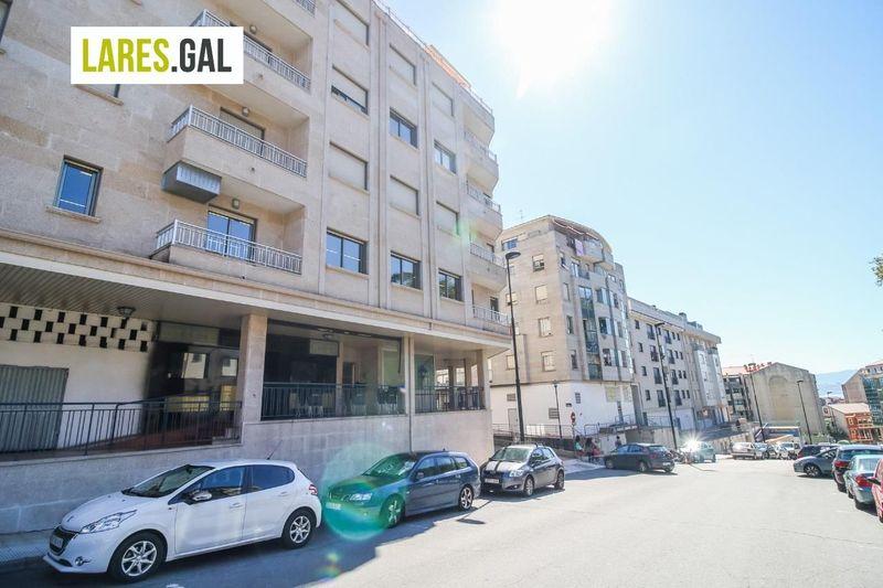 Local Comercial en venda e aluguer  en Cangas Do Morrazo, Pontevedra . Ref: 2495. Lares Inmobiliaria