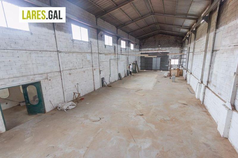 Nave Industriais en venda e aluguer  en Cangas Do Morrazo, Pontevedra . Ref: 2638. Lares Inmobiliaria
