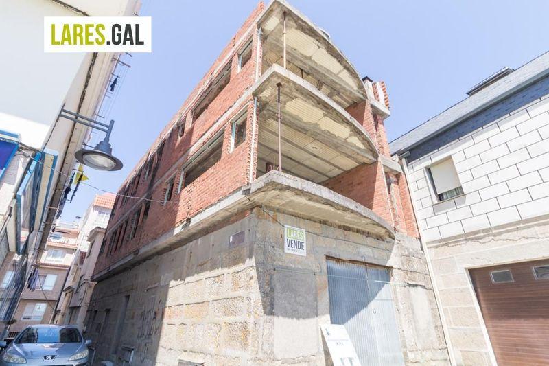 Edificio Singular en venda  en Cangas Do Morrazo, Pontevedra . Ref: 2854. Lares Inmobiliaria