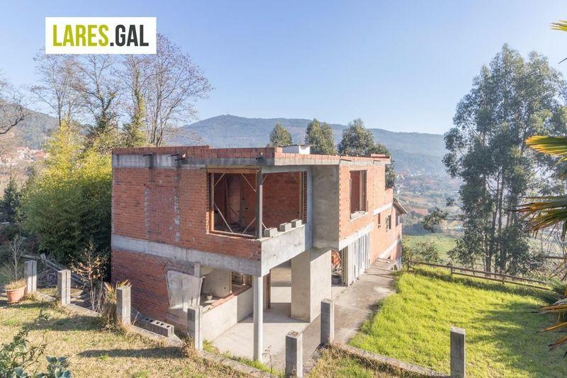Chalé Independente en venda  en Moaña, Pontevedra . Ref: 2894. Lares Inmobiliaria