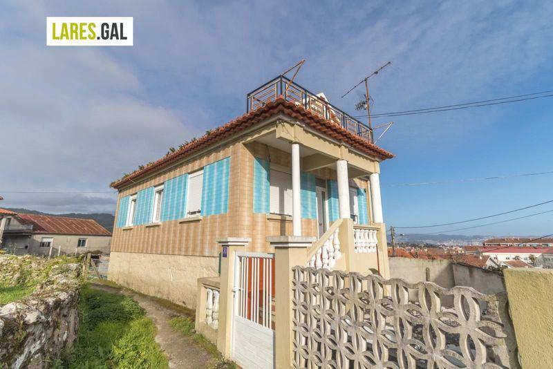 Casa en venda  en Cangas Do Morrazo, Pontevedra . Ref: 3106. Lares Inmobiliaria