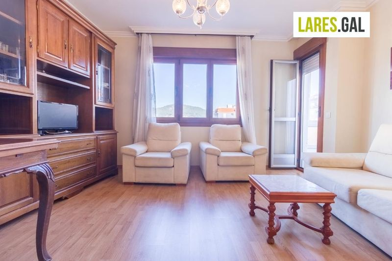 Piso en aluguer  en Cangas Do Morrazo, Pontevedra . Ref: 3210. Lares Inmobiliaria