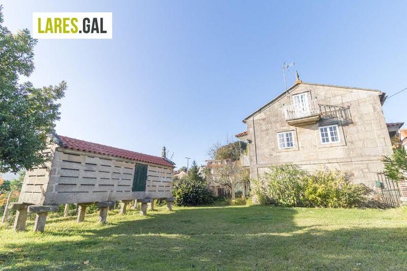 Casa en venda  en Cangas Do Morrazo, Pontevedra . Ref: 3237. Lares Inmobiliaria