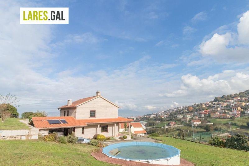Chalé Independente en venda  en Bueu, Pontevedra . Ref: 3244. Lares Inmobiliaria
