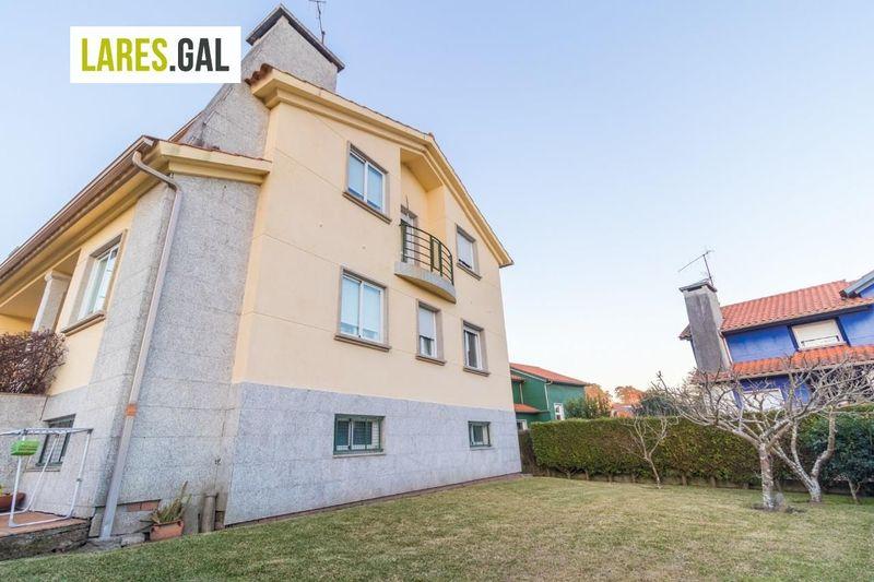 Adosado en venda  en Cangas Do Morrazo, Pontevedra . Ref: 3297. Lares Inmobiliaria