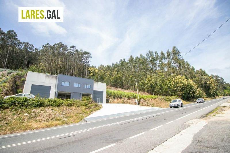 Nave Industriais en aluguer  en Cangas Do Morrazo, Pontevedra . Ref: 3376. Lares Inmobiliaria