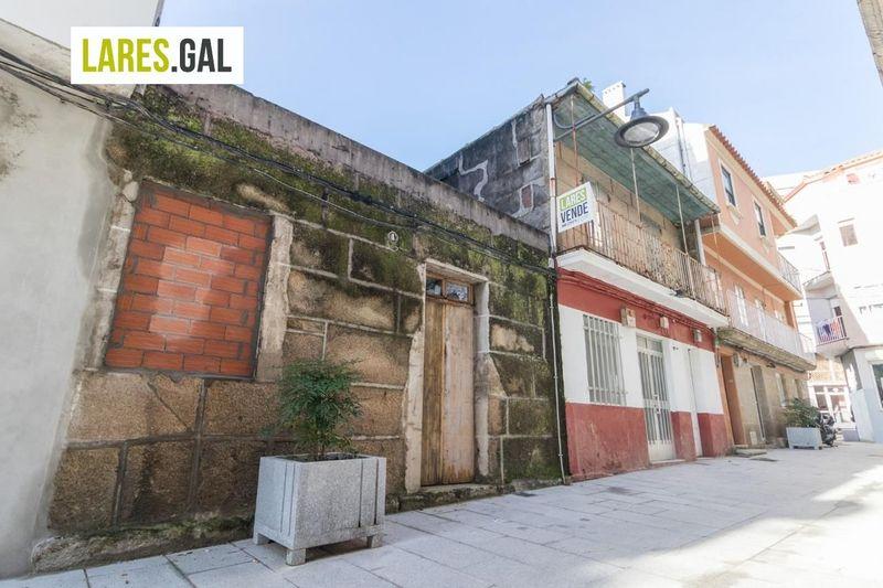Edificio Singular en venda  en Cangas Do Morrazo, Pontevedra . Ref: 3465. Lares Inmobiliaria