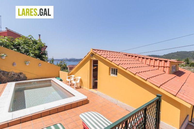 Casa en venda  en Cangas Do Morrazo, Pontevedra . Ref: 3466. Lares Inmobiliaria