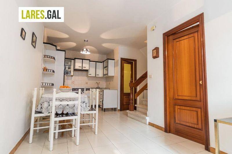 Casa en venda  en Cangas Do Morrazo, Pontevedra . Ref: 3471. Lares Inmobiliaria