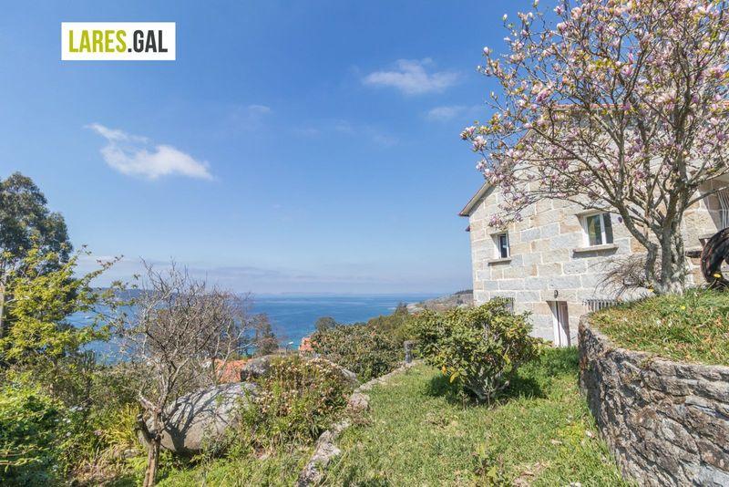 Detached villa en venda  en Cangas Do Morrazo, Pontevedra . Ref: 3533. Lares Inmobiliaria