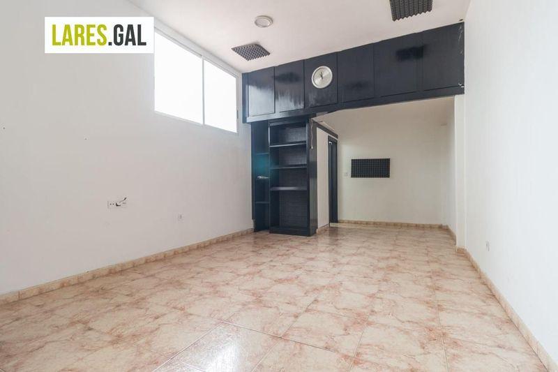 Local Comercial en aluguer  en Cangas Do Morrazo, Pontevedra . Ref: 3540. Lares Inmobiliaria