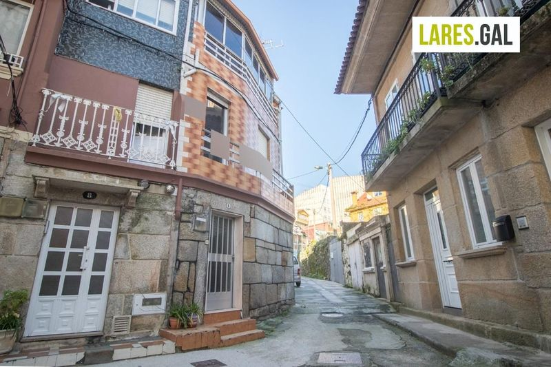 Casa en venda  en Cangas Do Morrazo, Pontevedra . Ref: 3555. Lares Inmobiliaria