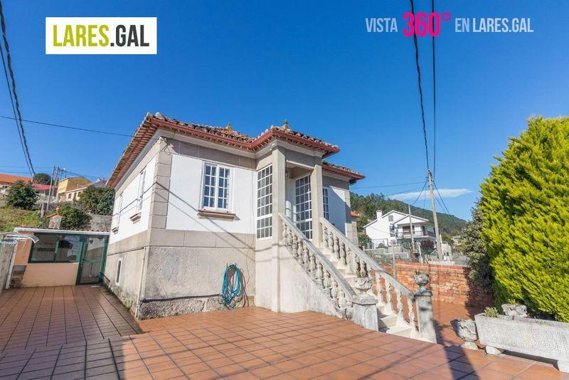 Casa en venda  en Cangas Do Morrazo, Pontevedra . Ref: 3570. Lares Inmobiliaria