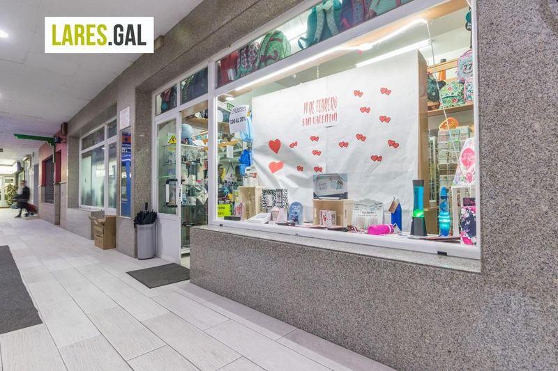 Local Comercial en aluguer  en Bueu, Pontevedra . Ref: 3591. Lares Inmobiliaria