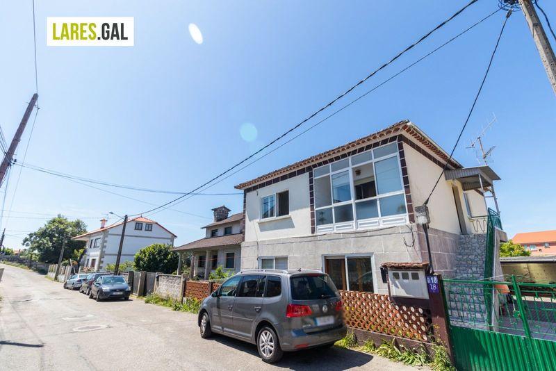 Casa en Cangas Do Morrazo, Pontevedra . Ref: 3600. Lares Inmobiliaria