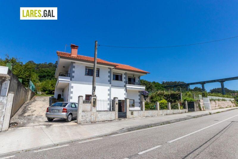 Casa en venda  en Moaña, Pontevedra . Ref: 3635. Lares Inmobiliaria