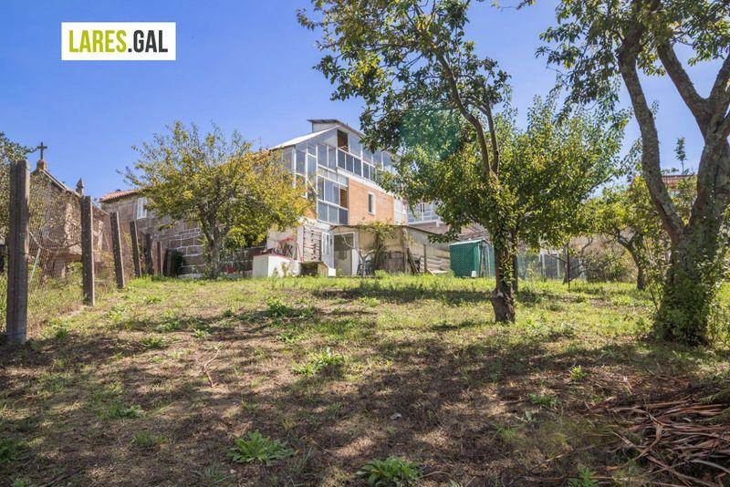 Casa en venda  en Cangas Do Morrazo, Pontevedra . Ref: 3658. Lares Inmobiliaria