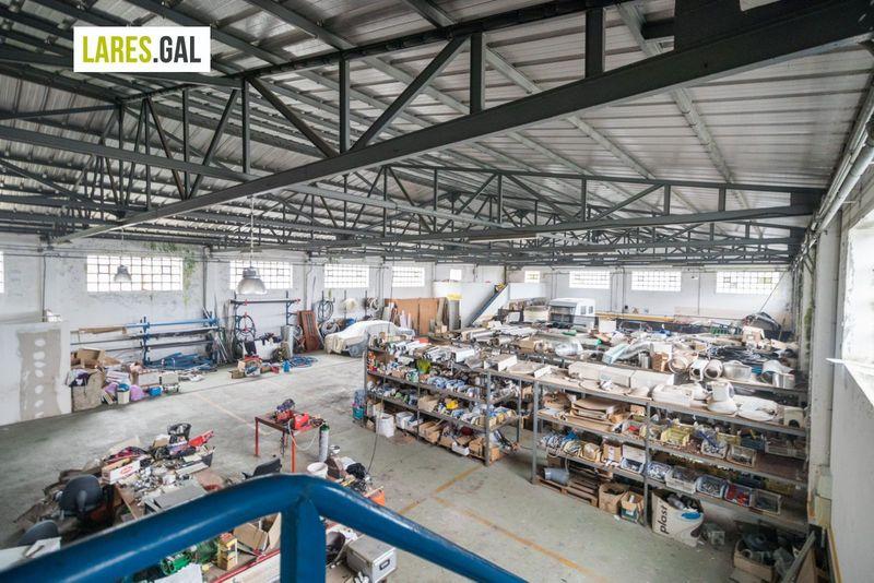 Nave Industriais en venda e aluguer  en Moaña, Pontevedra . Ref: 3702. Lares Inmobiliaria