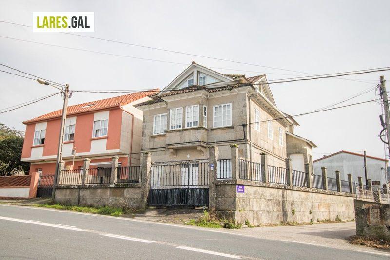 Casa en venda  en Cangas Do Morrazo, Pontevedra . Ref: 3705. Lares Inmobiliaria