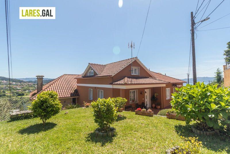 Casa en venda  en Cangas Do Morrazo, Pontevedra . Ref: 3746. Lares Inmobiliaria