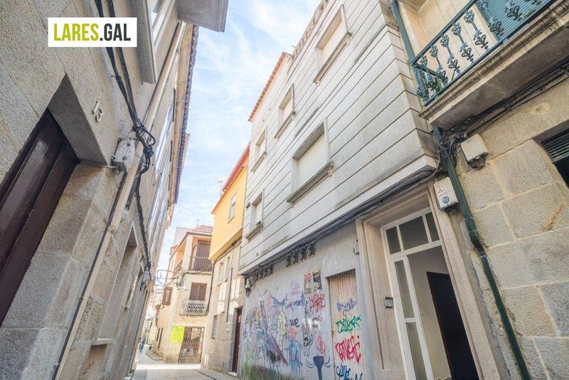 Casa en venda  en Cangas Do Morrazo, Pontevedra . Ref: 3750. Lares Inmobiliaria