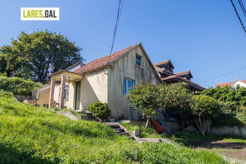 Casa en venda  en Cangas Do Morrazo, Pontevedra . Ref: 3753. Lares Inmobiliaria