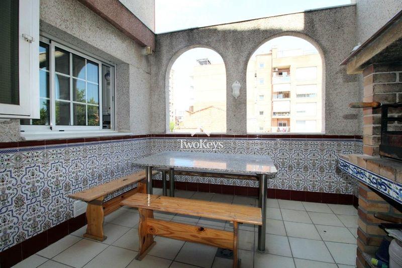 Casa en venta  en Badalona, Barcelona . Ref: 1635. TwoKeys
