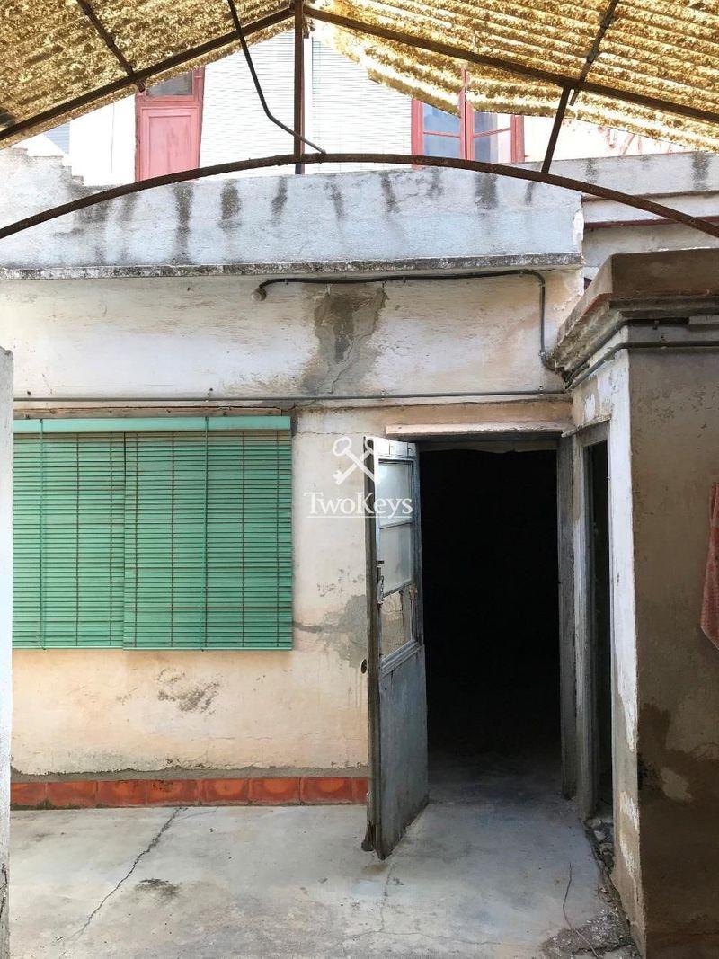 Maison en vente  á Badalona, Barcelona . Ref: 1730. TwoKeys