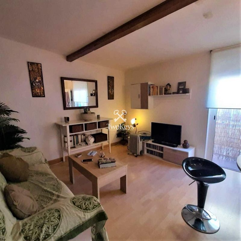 Flat for sale  in Badalona, Barcelona . Ref: 1989. TwoKeys