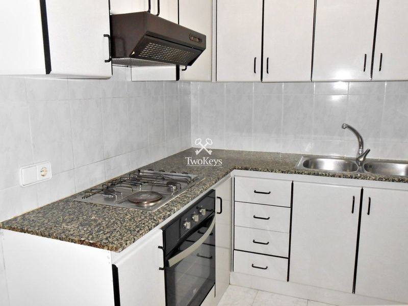 Flat for sale  in Badalona, Barcelona . Ref: 2038. TwoKeys