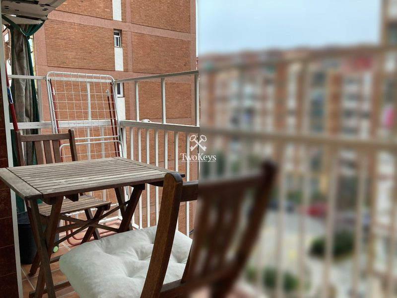 Flat for sale  in Badalona, Barcelona . Ref: 2056. TwoKeys