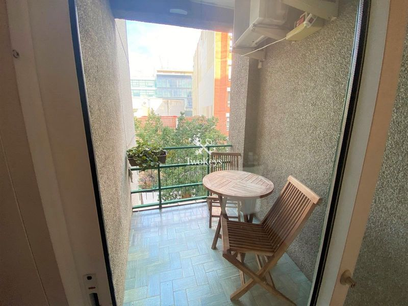 Flat for rent  in Badalona, Barcelona . Ref: 2068. TwoKeys