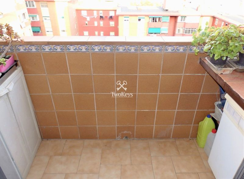 Flat for sale  in Badalona, Barcelona . Ref: 2071. TwoKeys