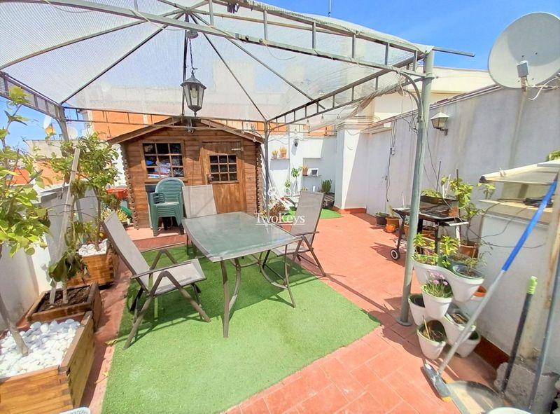 Ático en venta  en Badalona, Barcelona . Ref: 2088. TwoKeys
