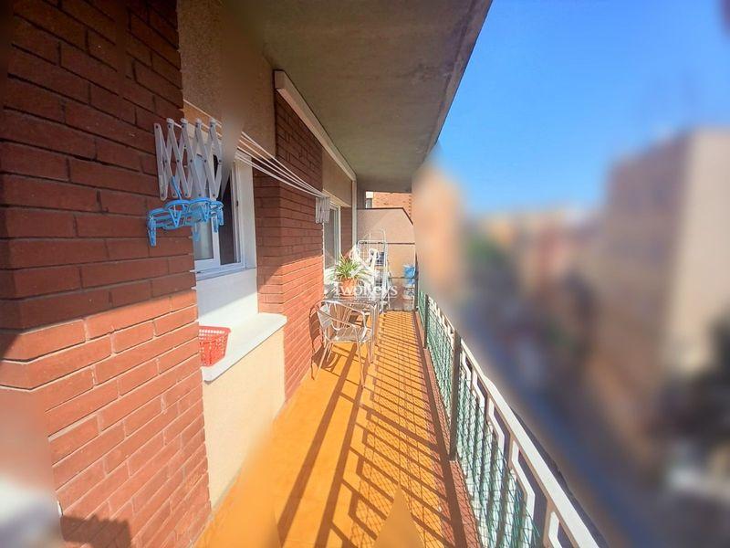 Piso en venta  en Badalona, Barcelona . Ref: 2099. TwoKeys